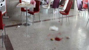 Hastane kantininde dehşet! Herkesin gözü önünde vuruldu