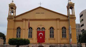 Kiliseden Zeytin Dalı Harekatı için Türk Bayraklı destek!