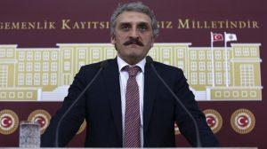"""AKP'nin """"Yeliz'i"""" Ahmet Hamdi Çamlı, Abdullah Gül'e fotoğrafla vurdu!"""
