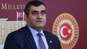 CHP'li doktor vekillerden TTB operasyonuna tepki: Yalnız değiller!