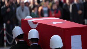 Hakkari'de PKK'lı teröristler füzeyle saldırdı: 1 asker şehit