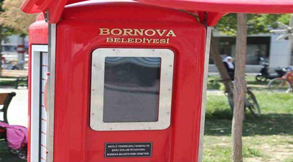 Bornova'da akülü engelli arabalar için şarj istasyonu