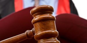 17-25 Aralık soruşturmasını yürüten emniyet müdürlerinin eşlerine FETÖ davası