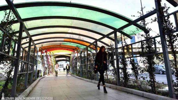 İzmir'i rengarenk yapan çalışmalar