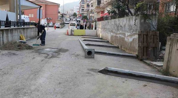 Çınarcık Belediyesi'nden acil girişine müdahale