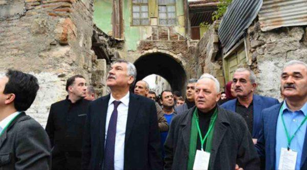 Tarihi konak  Seyhan Belediyesi tarafından yenileniyor