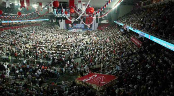 CHP'deki bazı isimler parti meclisine giremedi