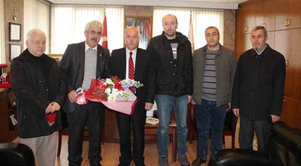 Mahallelilerden Zonguldak Belediye Başkanı Akdemir'e hizmet teşekkürü