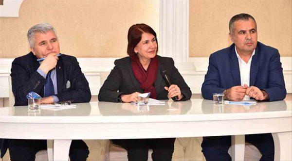 Avcılar Belediye Başkanı Handan Toprak Benli esnaflarla buluştu