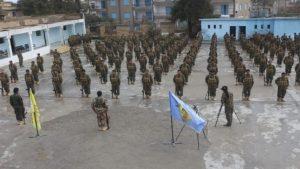 Menbiç'te YPG bayrakları altında ABD askeri eğitimi
