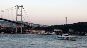 Köprüden atlayan gencin cesedi bacakları kopmuş olarak çıkarıldı
