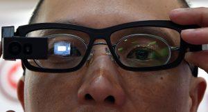 Suçlular artık 'akıllı gözlükler' ile yakalanacak! Teknolojinin böylesi…