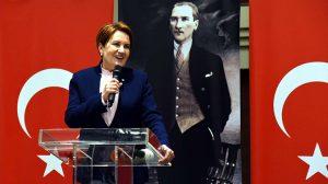 Meral Akşener'den 300 siyasetçiyle 'istişare' yemeği! Hangi isimler katıldı?
