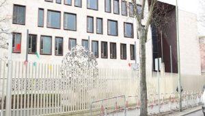 Almanya'da Türk Büyükelçiliği'ne boyalı saldırı