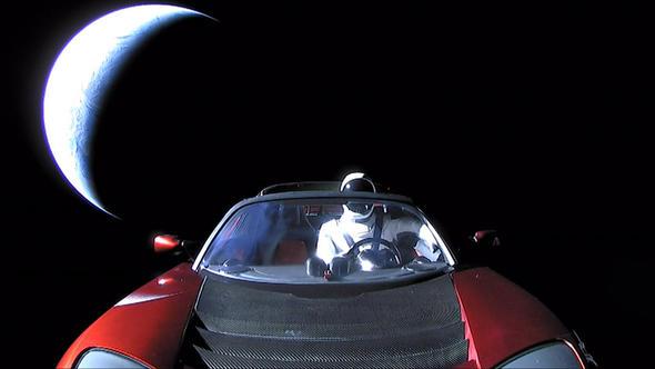 Elon Musk'ın uzaya yolladığı araba hakkında korkutan iddia!