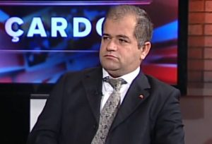 TRT programcısı ve Milat yazarı Erdal Şimşek, dolandırıcılıktan tutuklandı