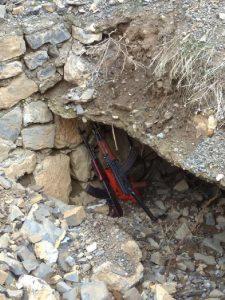 Şırnak'ta menfeze gizlenen silah ve bombalar bulundu