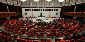 Meclis'te 7 OHAL KHK'sı kabul edildi