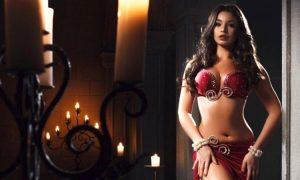 Mısır, Rus dansözü sınır dışı ediyor! Gerekçe: Çok seksi…