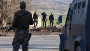 Aranan PKK'lı, yol kontrolünde yakalandı