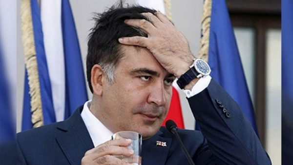 Saakaşvili sınır dışı edildi