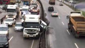 Şile yolunda hafriyat kamyonu dehşeti