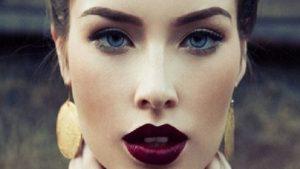 Makyaj Yapmakla İlgili Bilmeniz Gereken 12 Tüyo
