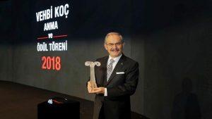 17. Vehbi Koç Ödülü'nün sahibi Yılmaz Büyükerşen