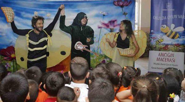 Konak'ta tiyatro seferberliği 6 ayda 2164 öğrenci…