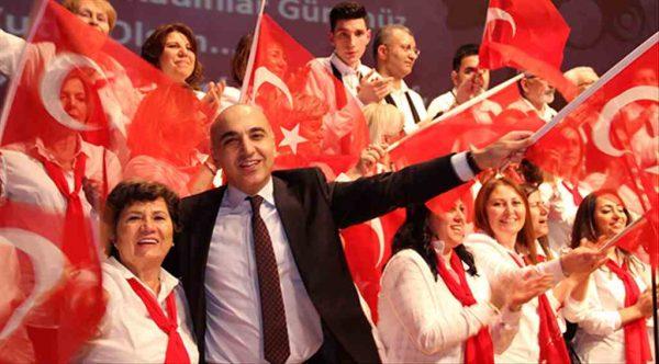 8 Mart'ta Bakırköy'de her telden şarkılarla türkülerle eğlendiler