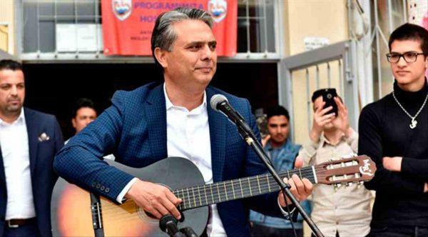 Muratpaşa Belediye Başkanı Ümit Uysal bahar şenliğine katıldı