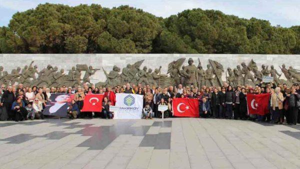 Bakırköylüler Şehitlerimizi Çanakkale'de andı
