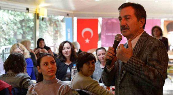 Başkan Ahmet Ataç kadın muhtarlarla bir araya geldi