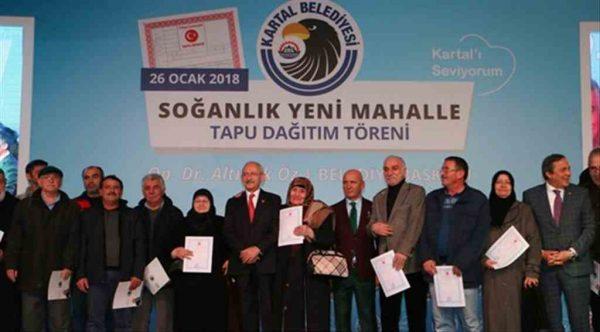 Kartal Belediye Başkanı Öz mağduriyetlere son veriyor