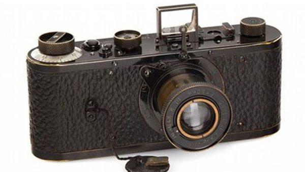 1923 yapımı Leica fotoğraf makinesi, rekor fiyata satıldı