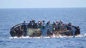 Umuda yolculuk facia ile son buldu: Mültecileri taşıyan tekne battı, çok sayıda ölü var!
