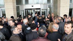 Kanal İstanbul 'ÇED' raporu toplantısında gerginlik