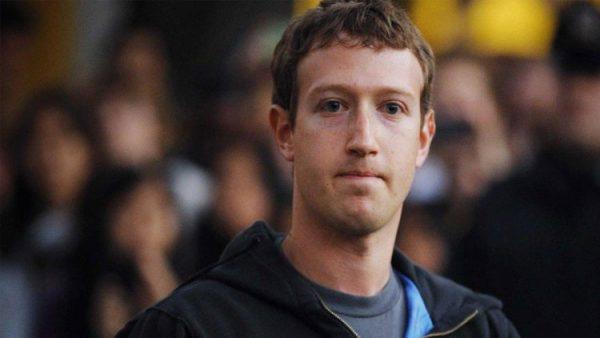 Facebook'a ağır darbe: Siliyorlar…