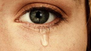 Sakın başkasının gözyaşını silmeyin