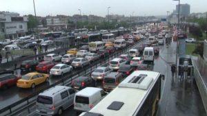 İstanbullular dikkat! Yarın kuvvetli yağmur geliyor