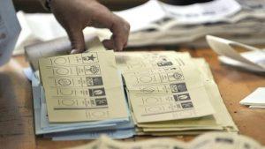 Seçim ittifakı düzenlemesi TBMM Anayasa Komisyonu'ndan geçti