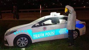 Bu da oldu! Maket polis aracının tepe lambası çalındı