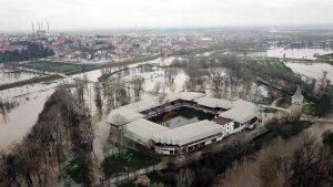 Tunca Nehri'ndeki taşkın, 'kırmızı alarm' seviyesine yükseldi