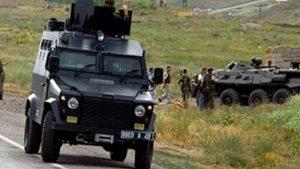 Askeri araç devrildi: 1'i ağır 3 asker yaralı