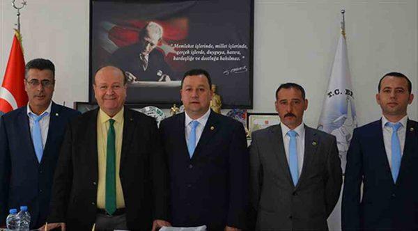 Yeni yönetimden Başkan Özakcan'a ziyaret