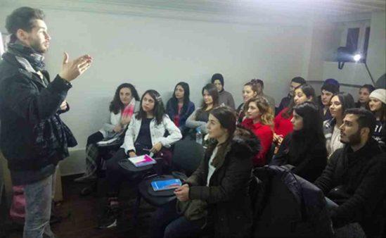 Biga'da ücretsiz İngilizce kurs imkanı