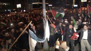 İsrail Konsolosluğu önünde protesto