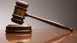Dedikodu yapan müdür kovuldu, mahkeme 'hak etmiş' dedi