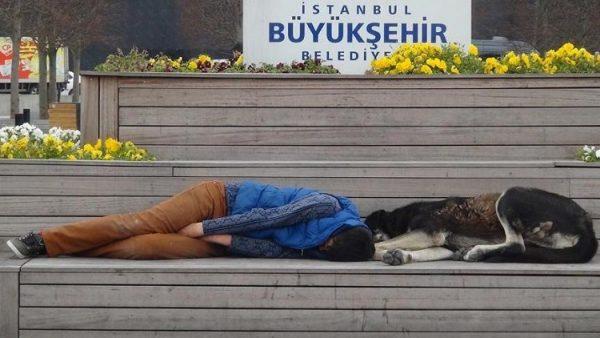 Taksim Meydanı'nda duygulandıran görüntü