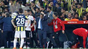 Yarıda kalan Fenerbahçe-Beşiktaş derbisinin oynanacağı saat açıklandı